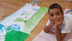 Resim yapan çocukların mutluluğu... #atölyedadart #minikressamlar Picnic Blanket, Outdoor Blanket, Picnic Quilt
