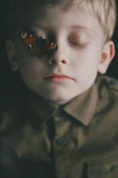 Butterfly Effect~ Portrait ~ Dark Photography, Portrait Photography, Photo Reference, Art Reference, Gottfried Helnwein, Cool Pictures, Cool Photos, Maxon Schreave, Butterfly Effect