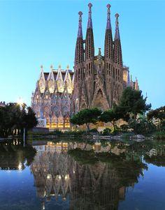 Sagrada Familia - Barcelona, Spain  (by Kenny Teo )
