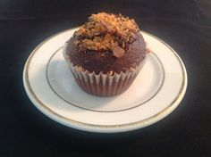 Peanutbutter Creme Devil's Food Cupcakes (with Ghirardelli chocolate ganache)