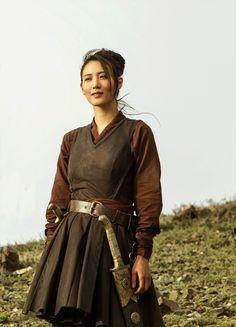 "fuckyeahcostumedramas: ""Claudia Kim in 'Marco Polo' "" High Fantasy, Medieval Fantasy, Larp, Half Elf, Claudia Kim, Mega Sena, Armadura Medieval, Fantasy Costumes, Character"