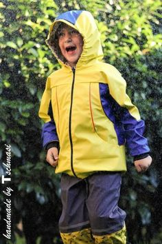 Schnittmuster&Nähanleitung Regenjacke, Jacke Regenfänger 80-140 bei Makerist