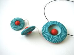 Beautiful polymer clay work.  Con Tus Manos: Curso intensivo para Mayo
