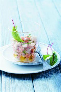 Tartare de saumon et daurade au citron vert - Larousse Cuisine