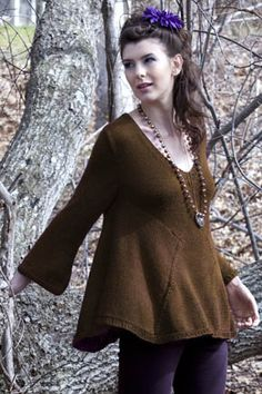 Shirley Bell-sleeve Top, very interesting construction | free pattern, PDF download