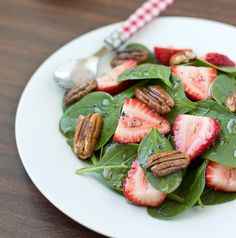 Strawberry Pecan Spinach Salad | Culinary Hill