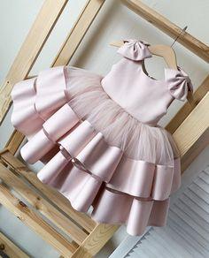 Baby Girl Birthday Dress, Baby Girl Party Dresses, Dresses Kids Girl, Birthday Dresses, Girl Outfits, Baby Dress, Baby Flower Girl Dresses, Baby Girl Gowns, Birthday Frocks
