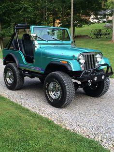 Old cars vintage 1980 40 ideas Jeep Jk, Jeep Truck, Jeep Wrangler, Auto Jeep, Jeep Convertible, Vintage Jeep, Vintage Cars, Cool Jeeps, Cheap Jeeps