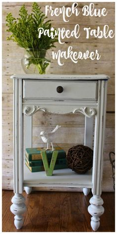 Trash to Treasure Table Makeover with Amy Howard One Step Paint. French Blue chalky paint - 2 Bees in a Pod