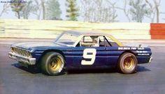 reignofmethanol: One of Bill Elliott's earliest race cars.