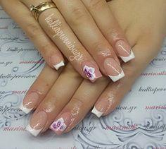 #nails #nailart #acrylicnails #frenchnails #onestrokeflowers ❤ #beautymakesyouhappy