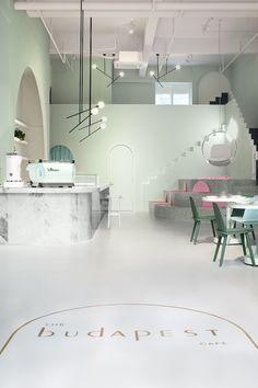Cafetería inspirada en las películas de Wes Anderson.