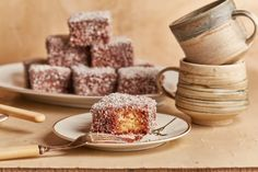 Kókuszkocka, a legjobb megúszós süti Cereal, Dessert Recipes, Breakfast, Tableware, Sweet, Food, Bakken, Morning Coffee, Candy