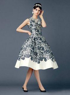 NWT DOLCE & GABBANA Lace Print DRESS Size 38 2 RARE!!