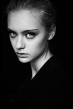 Nastya Kusakina (June 2011 - February - Page 4 - the Fashion Spot Girl Face, Woman Face, Side Portrait, Nastya Kusakina, Black And White People, Aesthetic Beauty, Model Face, Russian Models, Pretty Face