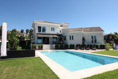 Villa for sale in El Rosario, Marbella East. This beautiful family villa in El Rosario was completely re-built in 2012 ..