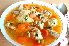 Becsinált leves 🍲 Thai Red Curry, Smoothie, Food And Drink, Meals, Cooking, Ethnic Recipes, Cook Books, Meal, Food Food