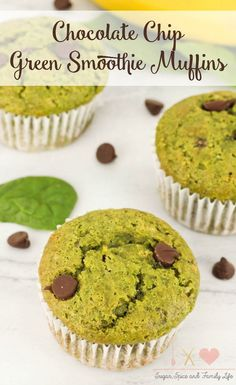 Chocolate Chip Green Smoothie Muffinsare delicious for breakfast or as a snack. The chocolate chip muffins havethe same main ingredients as a green smoothie: spinach, banana and Greek yogurt. - Chocolate Chip Green Smoothie Muffins Recipe from Sugar, Spice and Family Life #muffins #recipe #chocolatechip #greensmoothie #spinach #greekyogurt #bananas