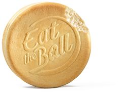 Eat the Ball® Hockey puck original. Bread of a new Generation. One Ball One Game! Hockey Puck, Multi Grain Bread, Soccer Ball, Sandwiches, Shapes, The Originals, Game, Roll Up Sandwiches, Venison