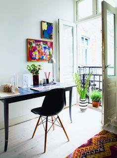 plantlife. white. clean. creative. canvas. space. interior.