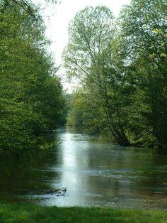 Rivière La Dronne en Perigord.