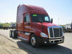 2010 tractor truck w/ sleeper #Freightliner #truck
