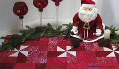 Christmas Pinwheels Table Runner