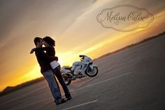 Melissa Calise Photography (Engagement Photoshoot E-Pics Motorcycle Beach)
