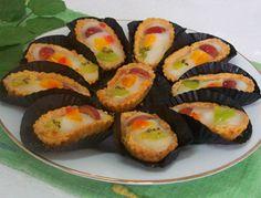 Resep Masakan: Fruit Pie | Sajikan Fruit Pie untuk berbuka puasa bersama keluarga. Selain rasanya lezat tentunya sehat karena buah segar yang mengandung gizi tinggi.
