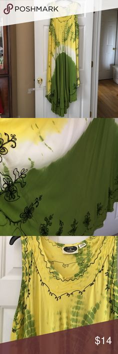 Dress Cute apple green and yellow summer dress. It is trimmed in black and has high low hem. 100% Rayon. Worn once. Style In Fashion Dresses High Low