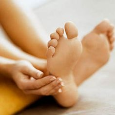 Natural Home Remedies For Dry And Cracked Feet