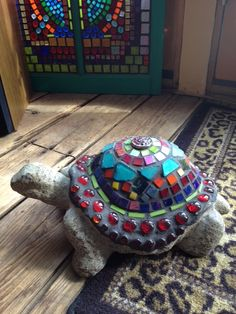 Stained Glass Mosaic Turtle from Colorfulgirl.com