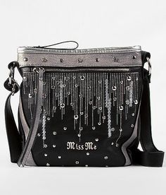I was soo close to getting this! If only it weren't so fricken expensive! ):oNE OFF THE COOLEST PURSES EVER:)