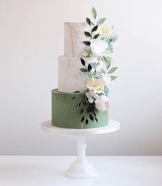 Really enjoyed making this spring themed for a wedding on the weekend! We are of… Really enjoyed making this spring themed for a wedding on the weekend! We are officially into wedding season now with some really beautiful… Wedding Cake Flavors, Wedding Cakes With Cupcakes, Unique Wedding Cakes, Beautiful Wedding Cakes, Wedding Cake Designs, Beautiful Cakes, Wedding Themes, Wedding Ideas, Beautiful Beautiful