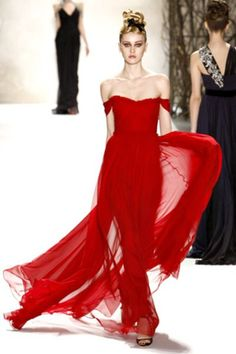 MONIQUE LHUILLIER...Oooo, I'd enjoy a sassy red dress like this.. :)