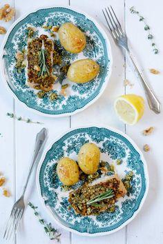 Lachs mit Kräuterkruste und gebackenen Kartoffeln