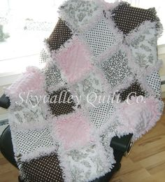 Baby Girl Rag Quilt- love the colors!