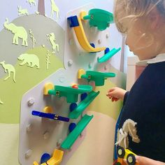 This STEM Wall Toy, gives kids the flexibility to play in countless new ways! VertiPlay Marble Run blurs the line between learning and play. This unique wall toys easily affixes to the wall. Its modular design allows kids to hone their imagination and make their own marble run in many different ways.