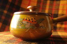 Merry Mushroom Enamel Fondue Pot 1970s