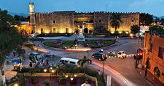 Hermosas plazas y construcciones de estilo colonial conforman el centro histórico de Cuernavaca que presume el atrio de la Catedral, donde se llevó a cabo la primera pastorela del país.Disfruta de un #BestDay en #Cuernavaca con las personas que quieras. #OjalaEstuvierasAqui