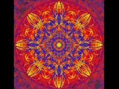 OM BHUR Bhuva SVAHA  TAT SAVITUR varenyam  bhargo DEVASYA dhimahi  Dhiyo YO NAH Prachodayat Invoca al creador del universo, suprema consciencia Para La Iluminación de Nuestro intelecto.