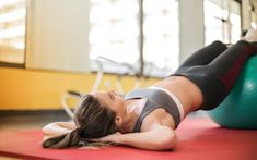 Some Important Tips For Excess Stomach Fat Loss And Achieving Flat Belly - GoldMineHealth You Fitness, Fitness Goals, Fitness Tips, Yoga, 6 Pack Abs For Women, Stomach Fat Loss, Fit Girl, Women's Sports Bras, Sports Shoes