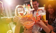 Dietitians share their tips on how to order low-calorie alcoholic drinks, including cocktails, wine, and beer, and healthy swaps for garnishes and mixes. Vodka, Bloody Mary, Low Calorie Alcoholic Drinks, Alcoholic Beverages, Mocktail Drinks, Alcholic Drinks, Dry January, Best Happy Hour, Refreshing Summer Drinks