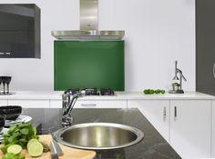 #kitchens #kitchenaccessories #kitchendesign #splashback #green Green Color Schemes, Green Colors, Colours, Green Kitchen, New Kitchen, Kitchen Ideas, Coloured Glass Splashbacks, Green Magic, Stylish Kitchen