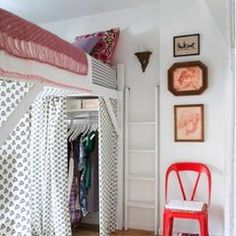 6 Tips for Dorm Room Layout and Organization