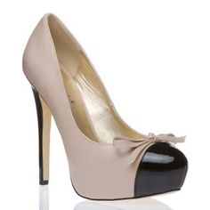 nude pumps... well almost