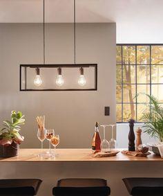 Moderne Küchentheke mit Pendelleuchte im Industrialstil | #Wohnidee von Lampenwelt GmbH