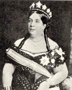 Queen Isabella of Spain wearing her star tiara