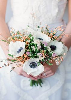 Anemones bouquet, very natural and freeform bouquet