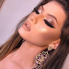 Gorgeous Makeup: Tips and Tricks With Eye Makeup and Eyeshadow – Makeup Design Ideas Glam Makeup Look, Sexy Makeup, Flawless Makeup, Prom Makeup, Gorgeous Makeup, Wedding Makeup, Beauty Makeup, Hair Makeup, Makeup Goals